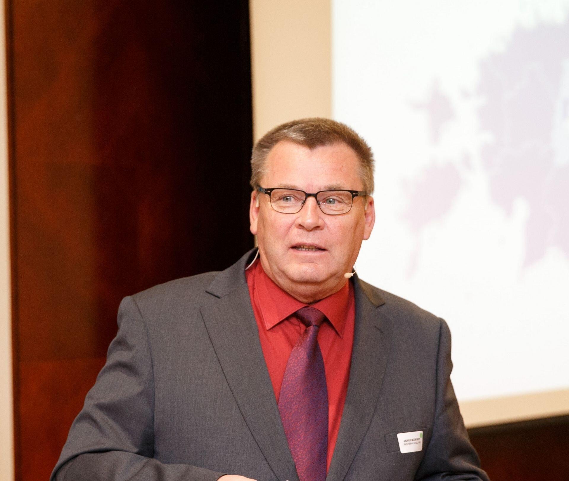 Paide Linnavolikogu sotsiaal- ja tervishoiukomisjoni esimeheks valiti Andres Müürsepp, aseesimeheks Valeri Ivanov