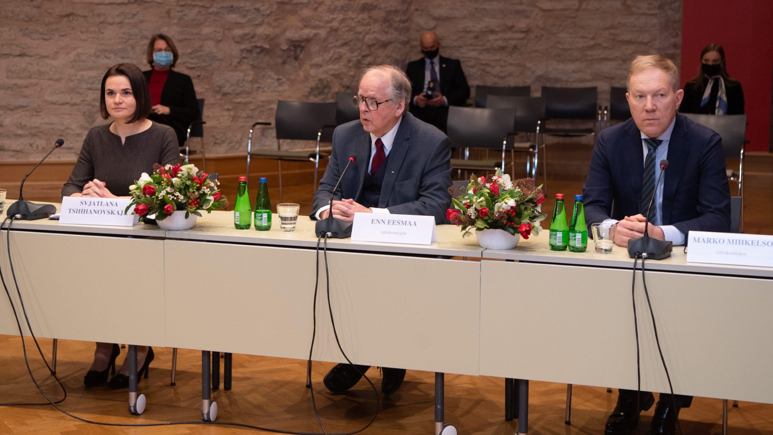 Väliskomisjon kinnitas Tsihhanovskajale Eesti jätkuvat toetust Valgevene rahvale